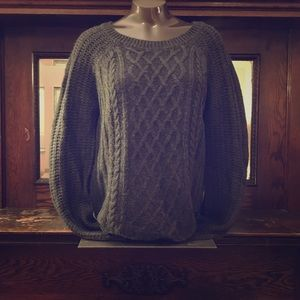 Soft Chunky Cableknit Sweater